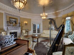 Pittock Mansion inside room