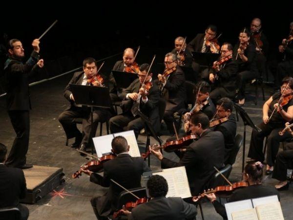 Overhead photo of a concert from Orquesta Sinfónica de El Salvador